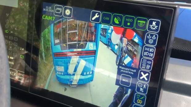 «Транспортные системы» показали новый троллейбус «Адмирал» с динамической зарядкой