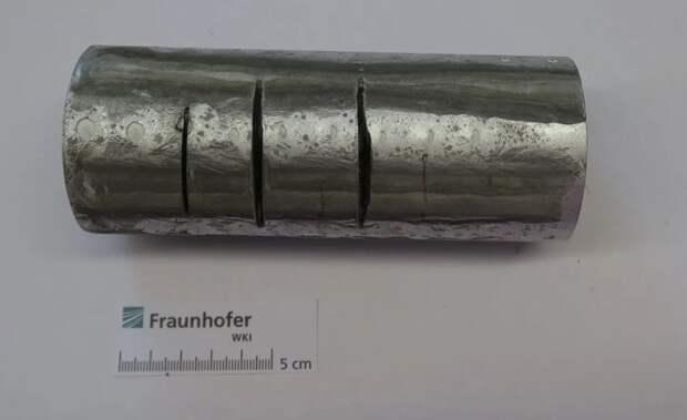 В Германии создали протей – материал, который невозможно разрезать Наука, Материал, Твердость, Видео