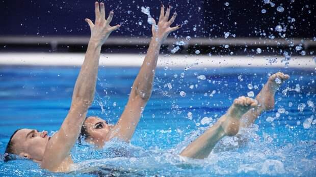 Проблемы с динамиками, выбор Субботиной и золото в миксте: чем запомнился старт турнира по синхронному плаванию на ЧЕ