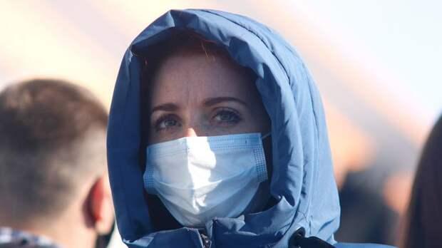В Петербурге за неделю на 50% выросло число новых случаев заболевания коронавирусом