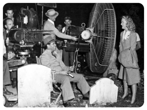 «Мышьяк и старые кружева»… 10 занятных фактов о съёмках фильма