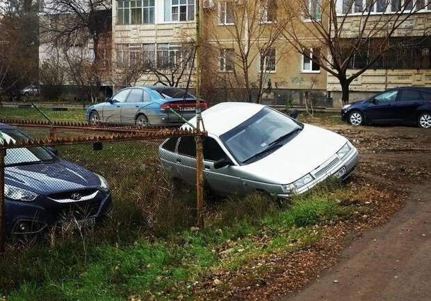 10. Когда негде парковаться авто, девушки за рулем, женщина за рулем, лихачи, парковка, права, фото