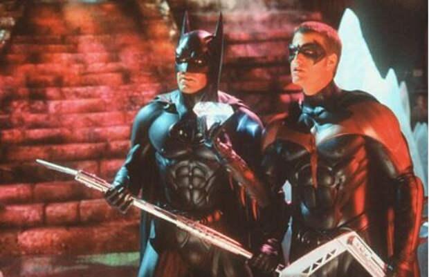 Джордж Клуни запретил жене смотреть фильм «Бэтмен и Робин» с его участием