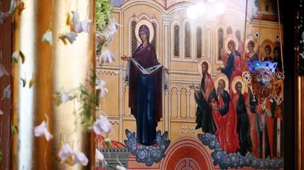 Аксёнов поздравил православных христиан с Покровом Пресвятой Богородицы
