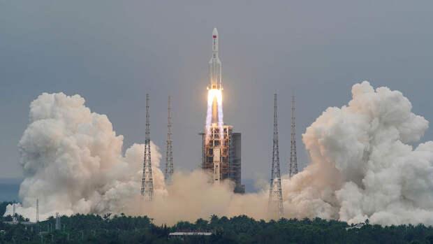 Роскосмос рассказал о траектории полета ступени китайской ракеты на Землю