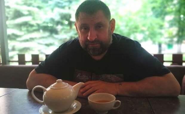 «Не пора ли шкуру сдирать?», — Сладков отреагировал на похищение сотрудника СЦК
