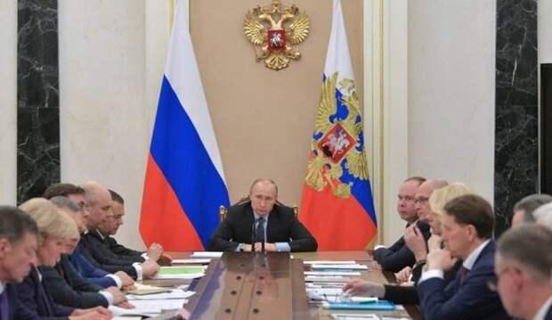 Агент ЦРУ работает в ближайшем окружении Путина