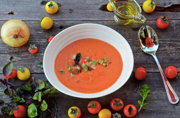 Берем побитые помидоры и превращаем во вкусноту на столе