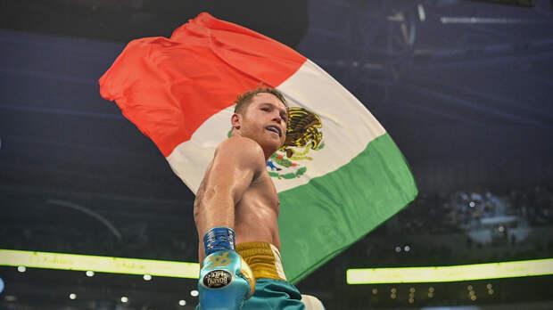 Альварес нокаутировал Сондерса и стал чемпионом мира по боксу в трёх версиях