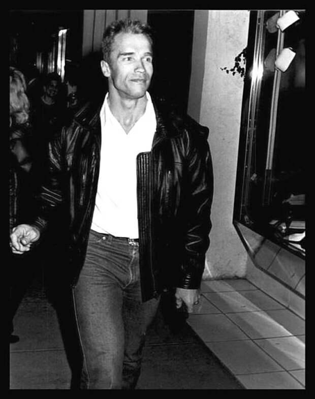 Арнольд Шварценеггер -1988 Голливуд., Лица с экрана, кинематограф