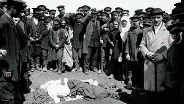 125 лет назад сотни людей погибли в давке на Ходынском поле