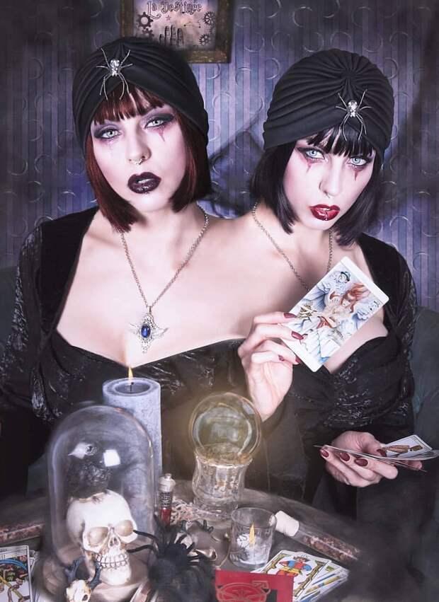 Соблазнительные ведьмочки.