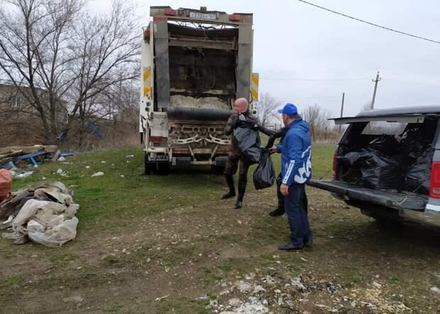 ВРостовской области прошла акция порасчистке водоемов спривлечением водолазов