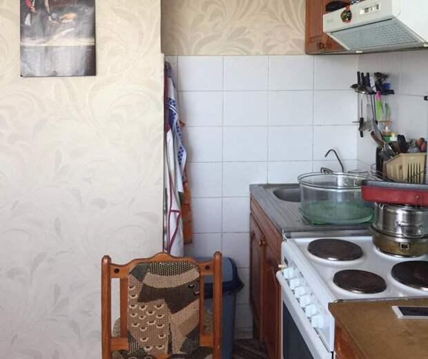 С конца 90-х кухня не видела ремонта: более яркого преображения вы не увидите