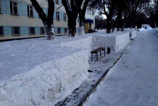 Мастерская уборка снега.