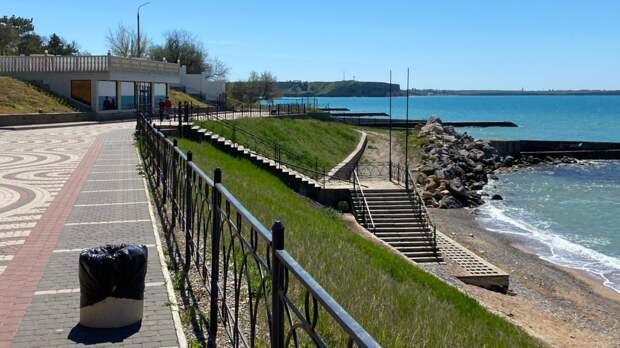 Специалисты минкурортов Крыма провели рейды по пляжным территориям Бахчисарайского района