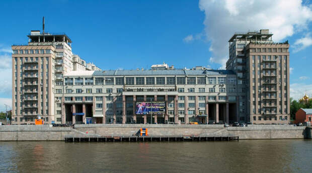 В Москве живут демоны: 5 самых жутких зданий столицы