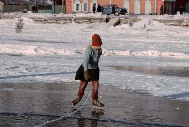051 Катание на коньках. Байкал