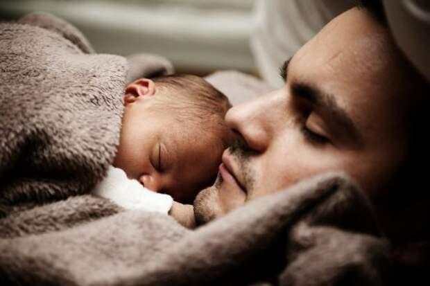 Ребенок не спит: в чем может быть причина