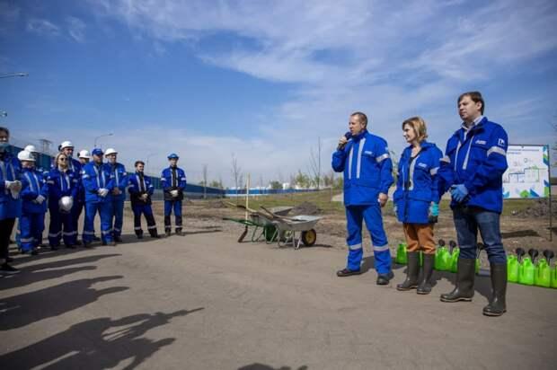 Московский НПЗ высадил деревья в  рамках акции « Сад памяти»