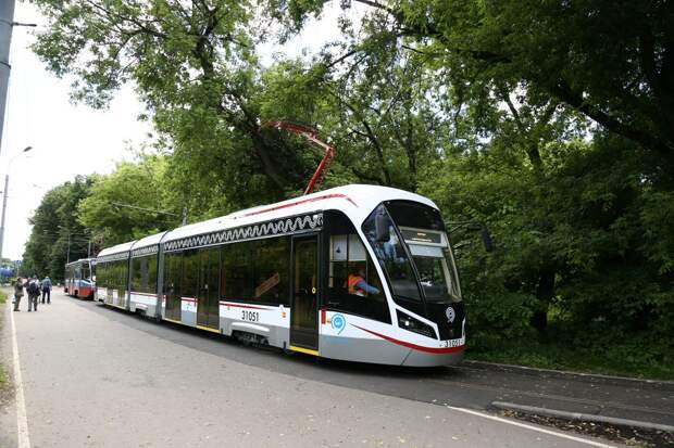 Трамваи, курсирующие от  Строгина до «Щукинской», задерживаются из-за непогоды