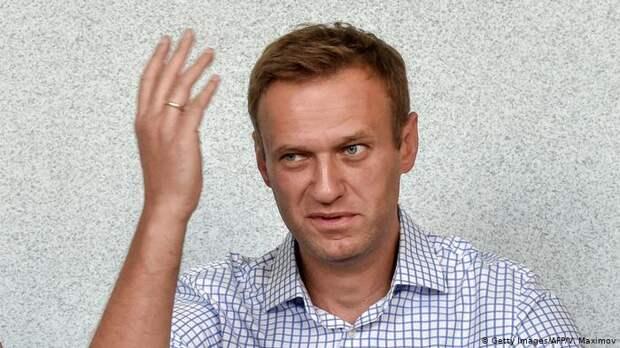 """С какой целью Навальный разыгрывает с немцами карту """"Новичок""""?"""