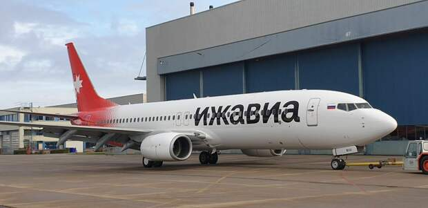 У «Ижавиа» появился первый Boeing 737-800 в национальном окрасе