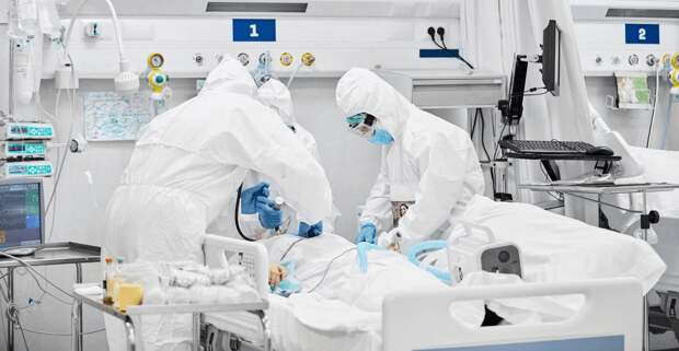 Казахстан включили в лидеры по смертности от КВИ и уличили в занижении статистики смертей