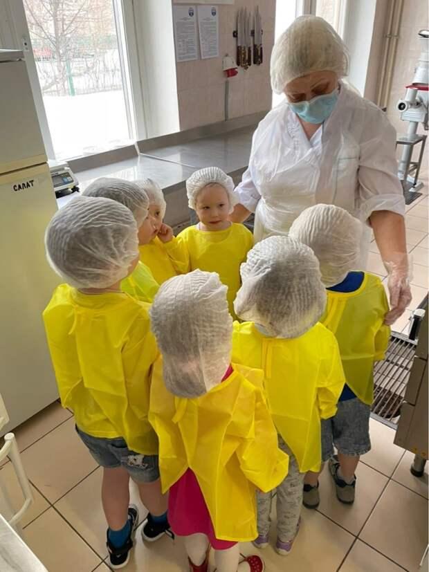 Дошколята познакомились с профессией повара