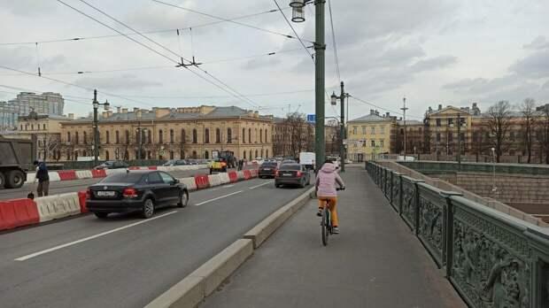 Движение на Литейном мосту в Петербурге ограничат с 20 апреля