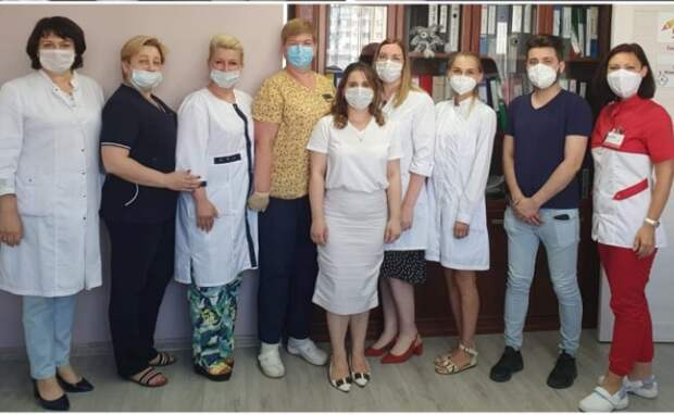 Врачей поликлиники №143 наградили за борьбу с ковидом
