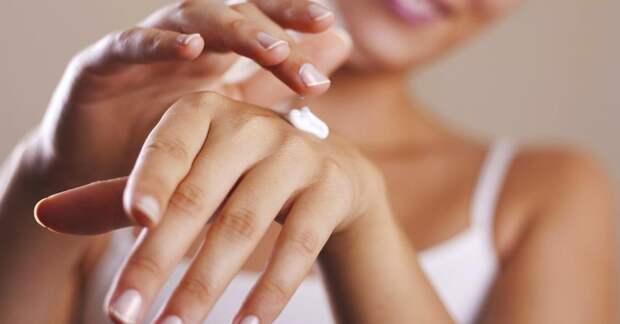 Вот как вернуть коже рук мягкость с помощью натуральных средств