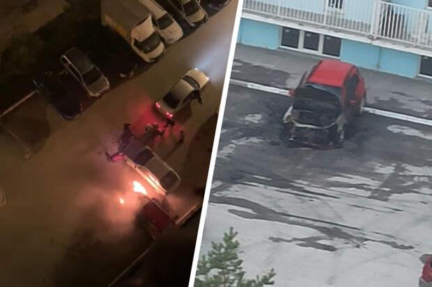 Рано утром в Октябрьском районе сгорел автомобиль — пожар попал на видео