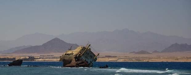 В трюме затонувшего возле Антальи катера погиб российский турист