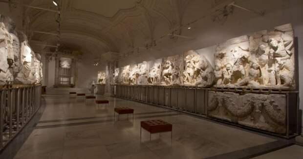 Эфесские мраморы и бронзы дворца Ховбург