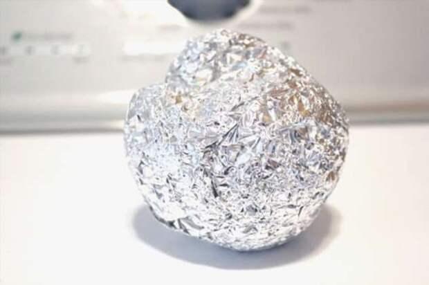 Чем могут помочь шарики из фольги в барабане стиральной машины