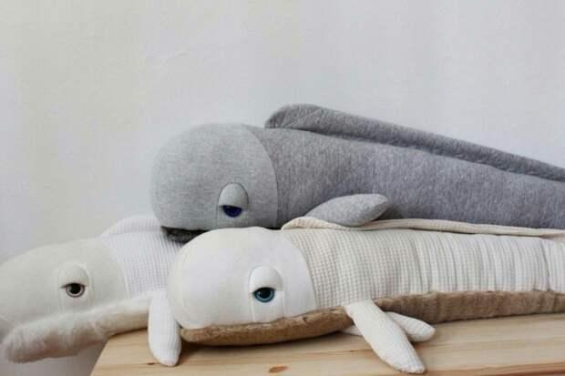 Подушки мягкие игрушки в морской интерьер