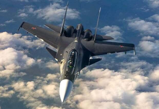 Российский Су-30 предупредил истребители Франции неприближаться кгосгранице