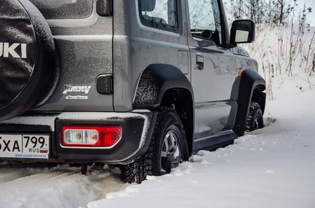 «Чтобы застрять, надо очень постараться»: мнения водителей о Suzuki Jimny