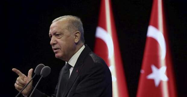 Эрдоган нестал встречаться госсекретарем США Помпео