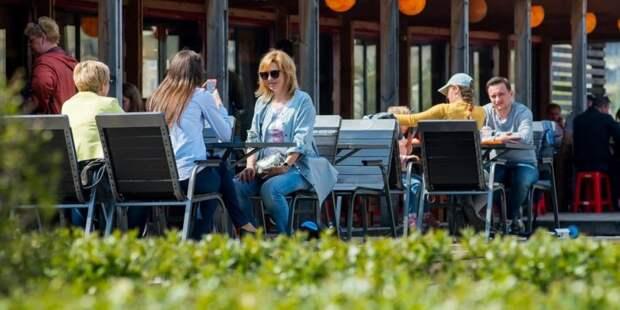 Более 100 кафе и ресторанов подали заявки на создание у себя бесковидных зон