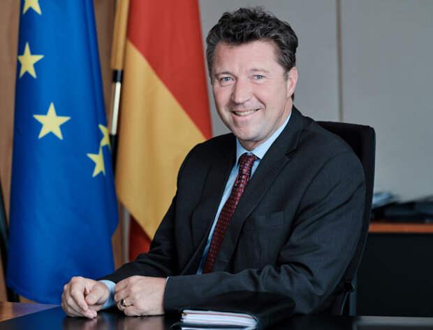 МИД выслал двух дипломатов посольства Германии