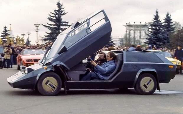 Знаменитая Панголина Александра Кулыгина — умельца из Ухты в начале 1980-х поражала воображение неизбалованных дизайнерскими изысками граждан. Изобретатель, авто, автодизайн, автомобили, самоделка, самодельный авто, своими руками