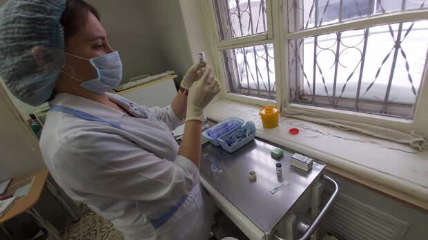 Итоги дня: заболевшие ковидом после вакцинации в Удмуртии и сдвиг сроков по объекту в Камбарке
