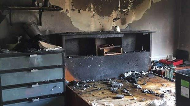 Ребенок выжил в сильном пожаре, спрятавшись от огня в сундук