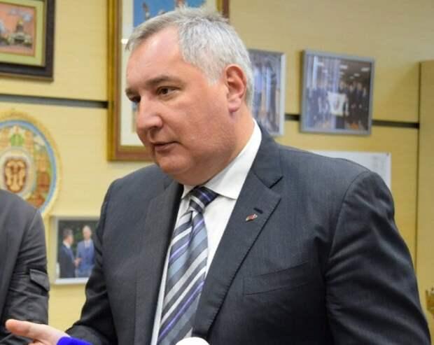 Рогозин заявил, что отказываться от МКС пока рано