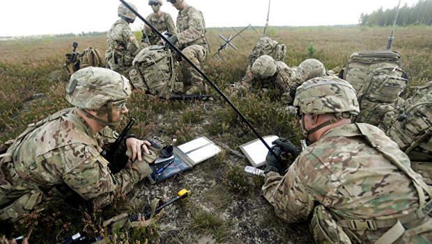 Военнослужащие из 173-й бригады воздушного десанта США принимают участие в учениях. Латвия