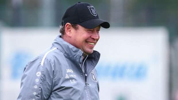 Слуцкий сообщил, что будет работать телекомментатором на двух матчах Евро