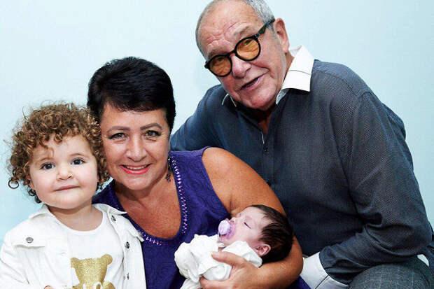 «Отдам эмбрион»: жена Виторгана готова помочь бездетным