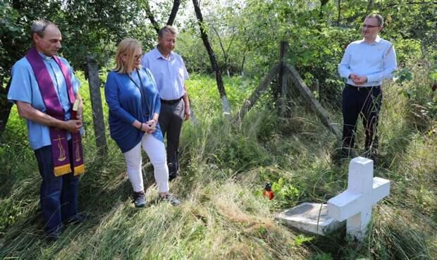 Варшава призывает к формированию общей польско-украинской исторической памяти